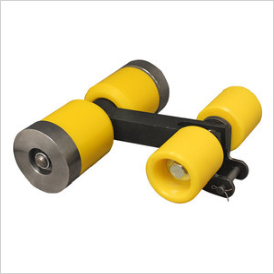 Peco 4 Wheel Roller With D88K Carrier Link